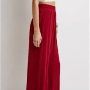 Forever21 accordion pleated wide leg holiday pant